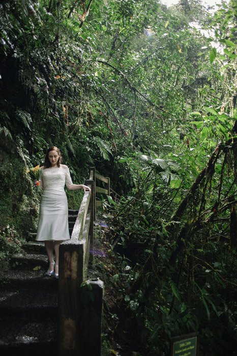 elopement-wedding-bride-rainforest