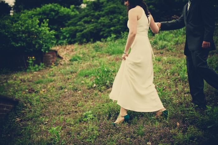 intimate-backyard-wedding-massachusetts-charis-and-aram_0088
