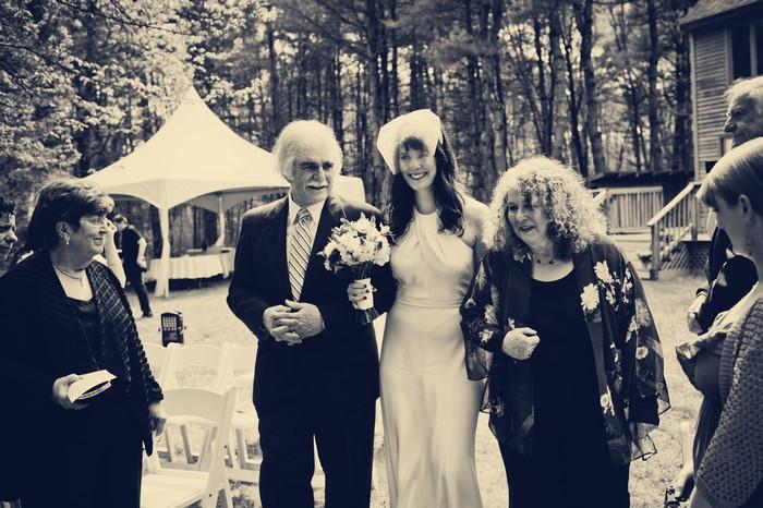 intimate-backyard-wedding-massachusetts-charis-and-aram_0111