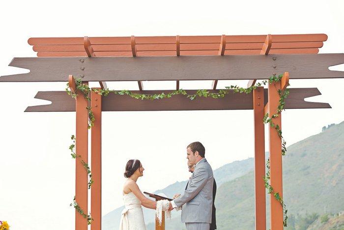 intimate-california-inn-wedding-giuliana-and-william-059_low