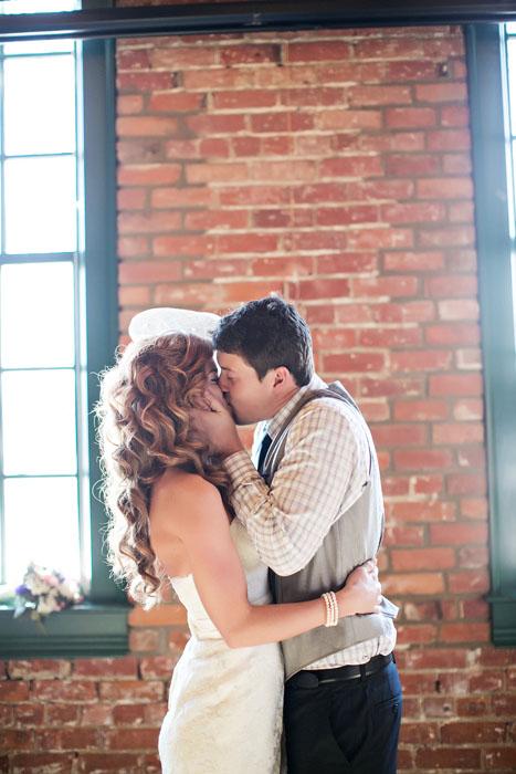 intimate-michigan-brewery-wedding-erica-and-derrick-7579