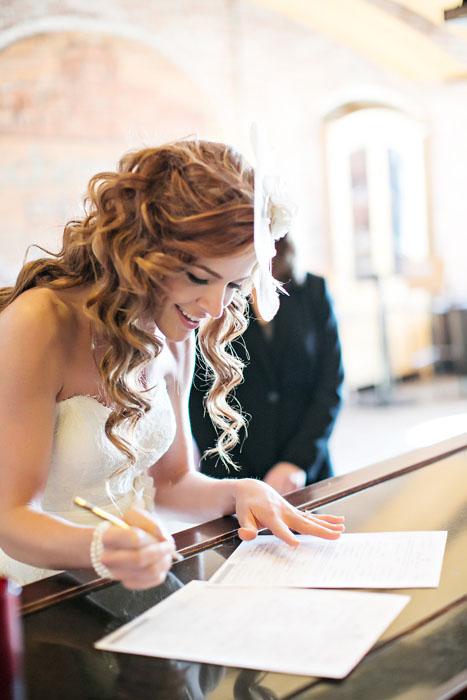 intimate-michigan-brewery-wedding-erica-and-derrick-7613
