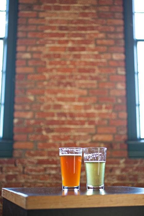 intimate-michigan-brewery-wedding-erica-and-derrick-7855