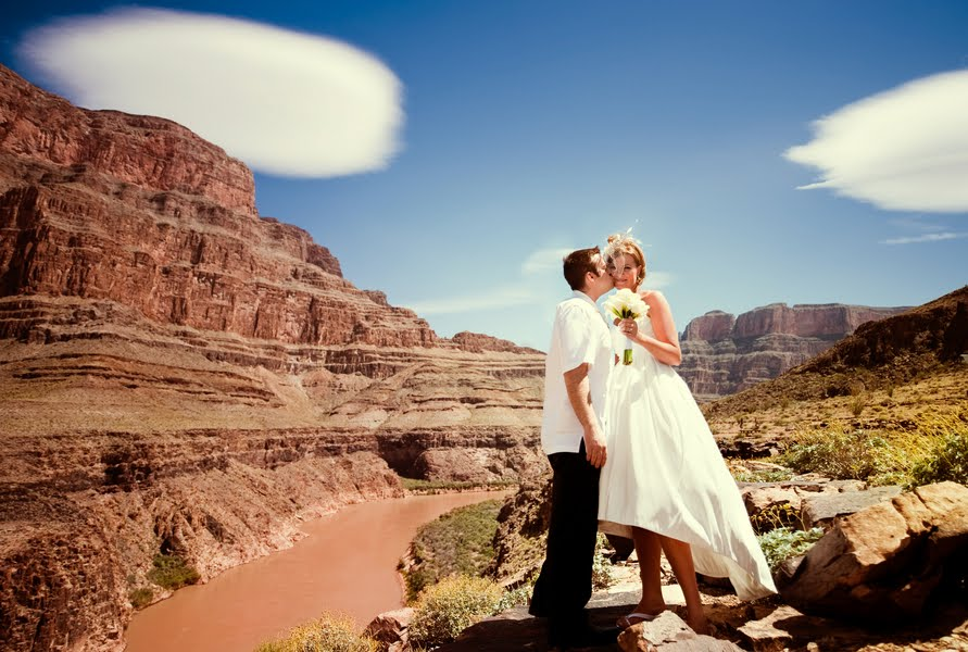 magical wedding experience with maverick helicopters On helicopter wedding vegas