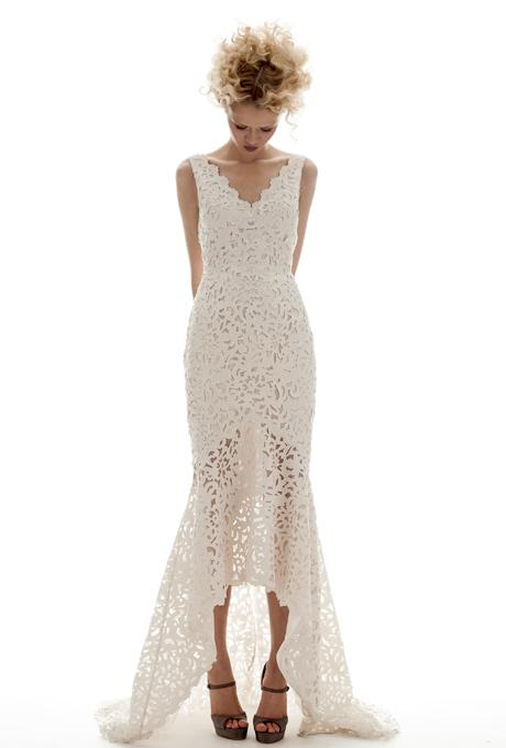 Một mẫu váy của bà hoàng laser Elizabeth Fillmore khiến mọi cô dâu đều mong muốn có được.
