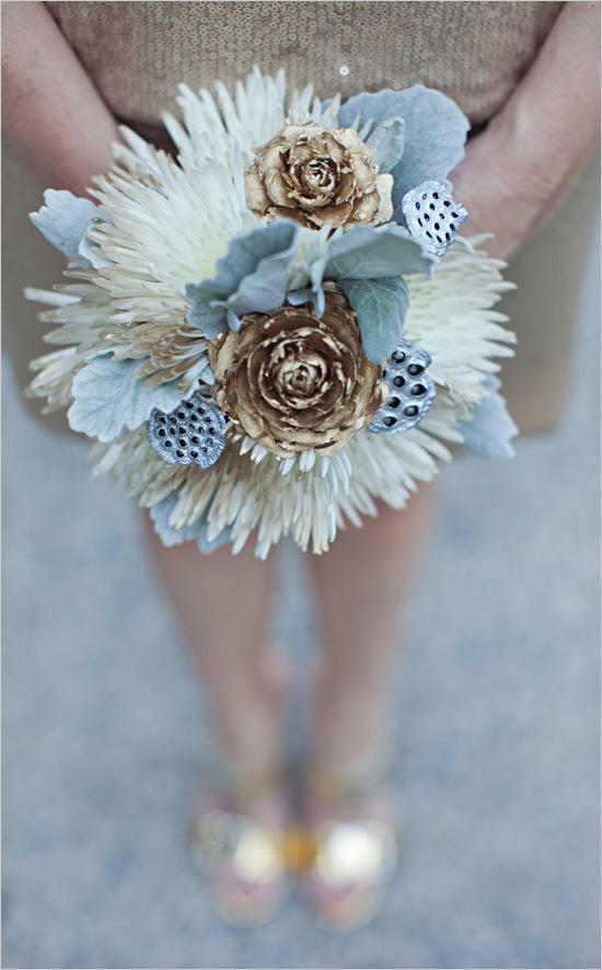 metallic-bridal-bouquet-wedding