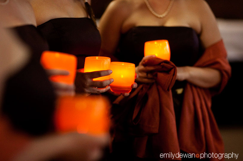 things-bridesmaids-to-carry-candles