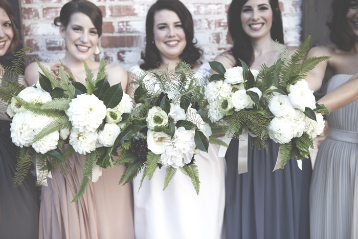 bride-and-bridesmaids-with-bouquet-wedding-photography