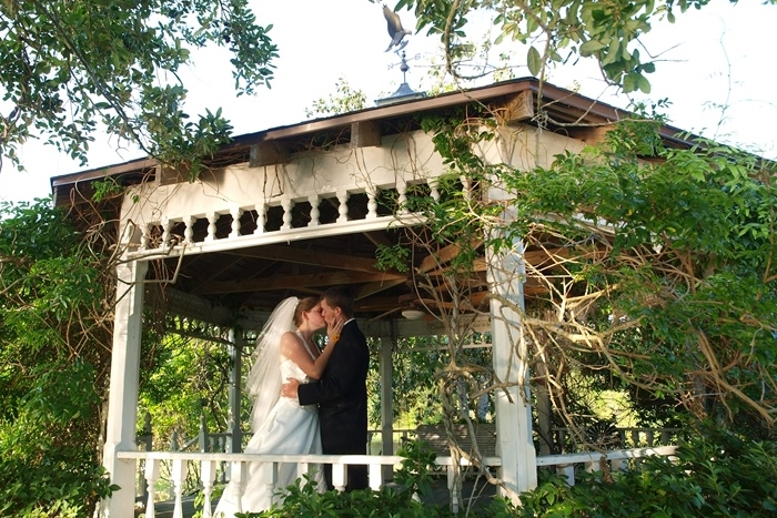 Blisswood Bed and Breakfast - Texas Intimate Weddings