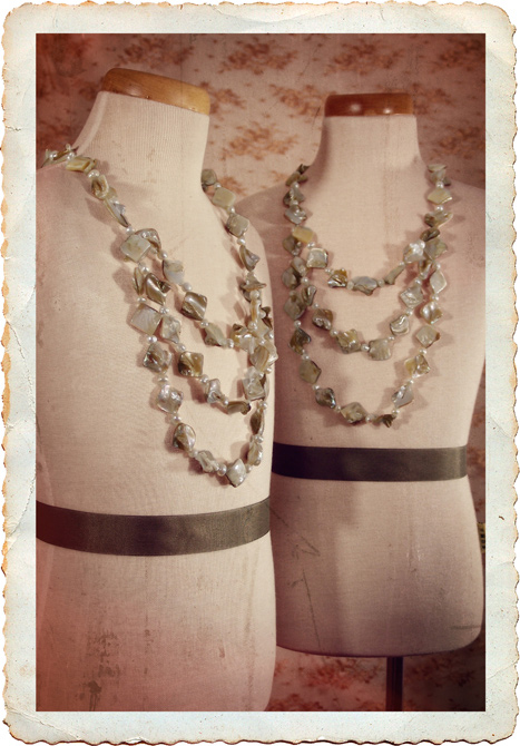 destination-wedding-necklace-mother-of-pearl