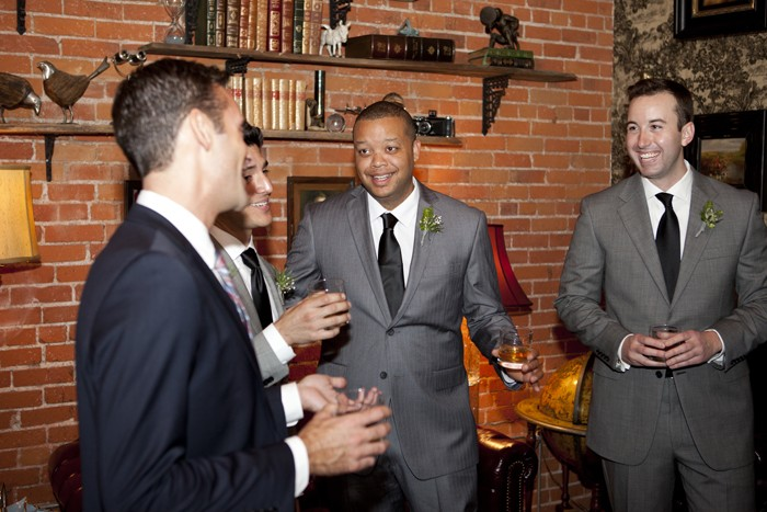getting-ready-groomsmen-wedding-photography