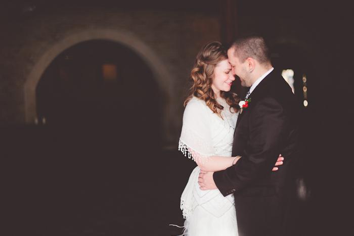 intimate-austin-tx-restaurant-wedding-jennie-and-chris-2