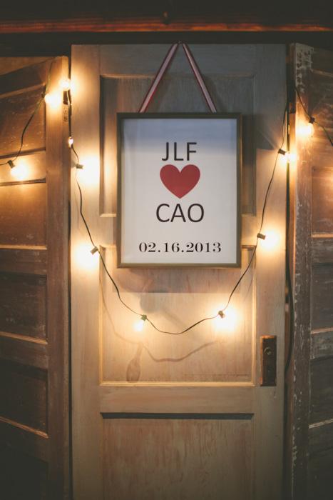 intimate-austin-tx-restaurant-wedding-jennie-and-chris-20