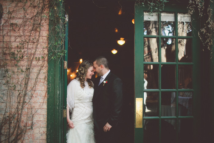 intimate-austin-tx-restaurant-wedding-jennie-and-chris-4