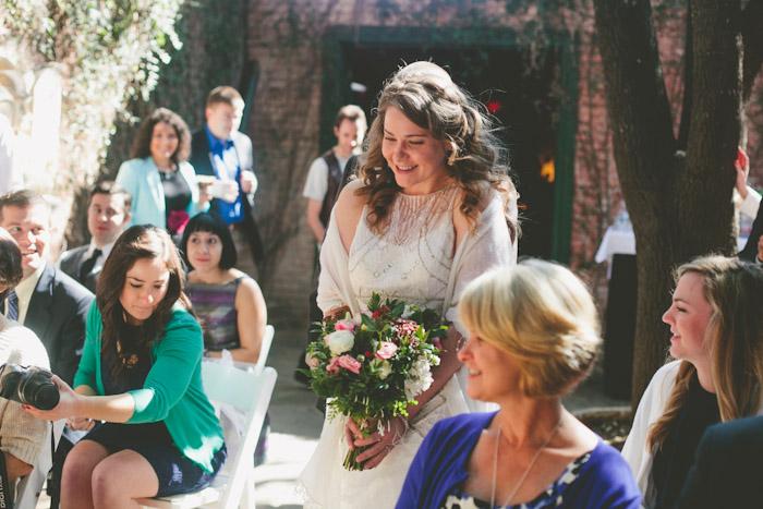 intimate-austin-tx-restaurant-wedding-jennie-and-chris-45