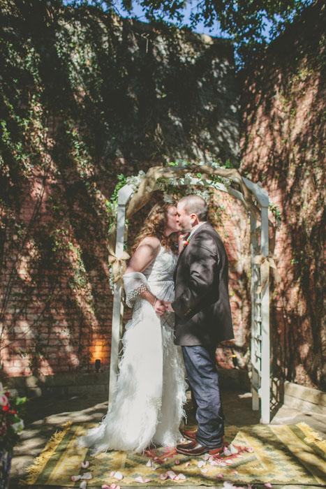 intimate-austin-tx-restaurant-wedding-jennie-and-chris-48
