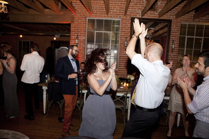 intimate-wedding-reception-guests-dancing-los-angeles