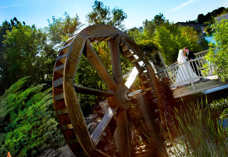 water-wheel-nottawasaga-inn
