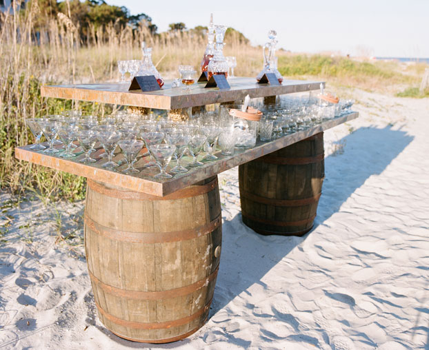 bourbon-tasting-bar-weddings