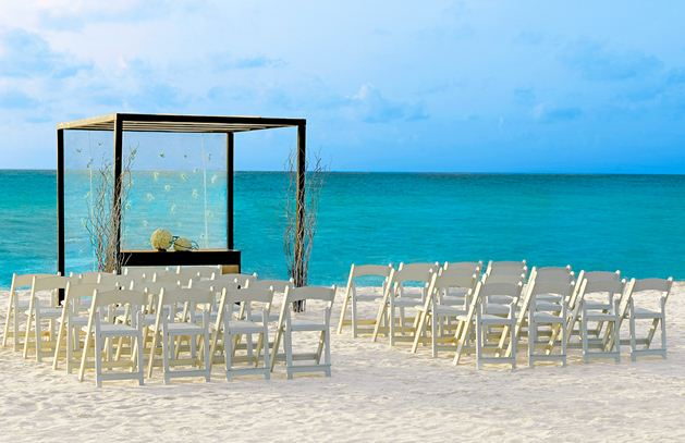 destination-wedding-mexico-beach
