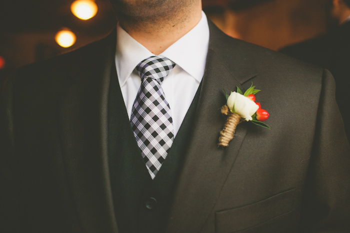 intimate-austin-tx-restaurant-wedding-jennie-and-chris-35
