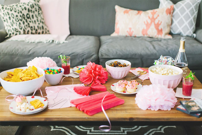 Bachelorette Party Ideas | Crafting and Cocktails