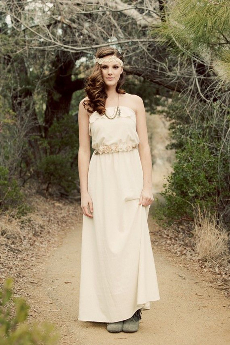 10 Great Elopement Dresses | KT Jean Bohemian Gown