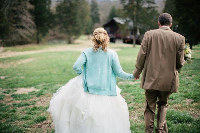 intimate tennesee wedding - bride and groom