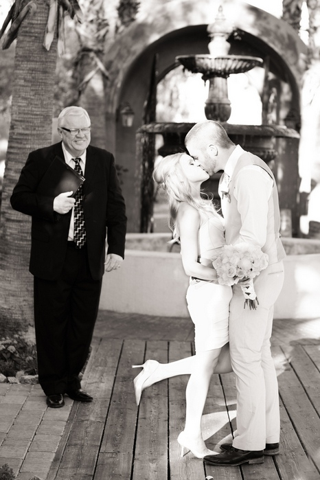 intimate-wedding-scottsdale-az-boojum-tree-hidden-gardens-amy-jordan-0018_low