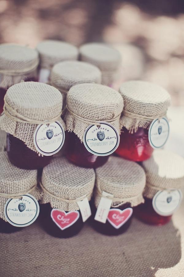 melissa-and-adam-diy-backyard-wedding_4264