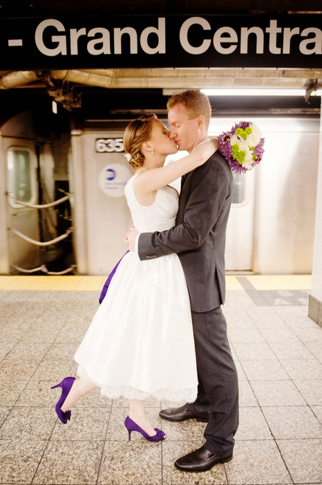 new-york-city-restaurant-wedding-emily-and-christopher-09_low