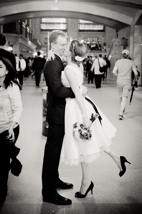 new-york-city-restaurant-wedding-emily-and-christopher-13_low