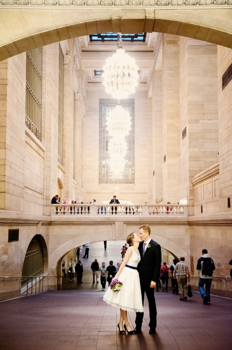 new-york-city-restaurant-wedding-emily-and-christopher-20_low
