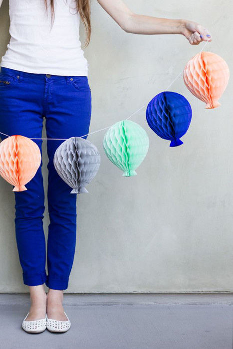 honeycomb balloon garland