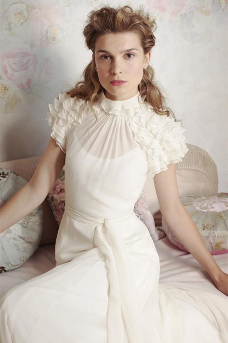 miamia edelweiss wedding dress