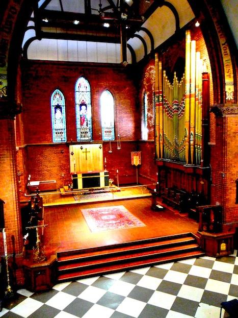 Toronto Wedding Church for intimate weddings