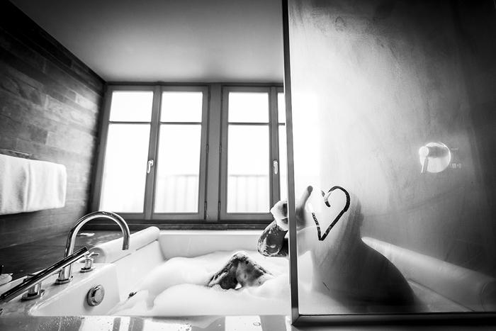 groom in tub