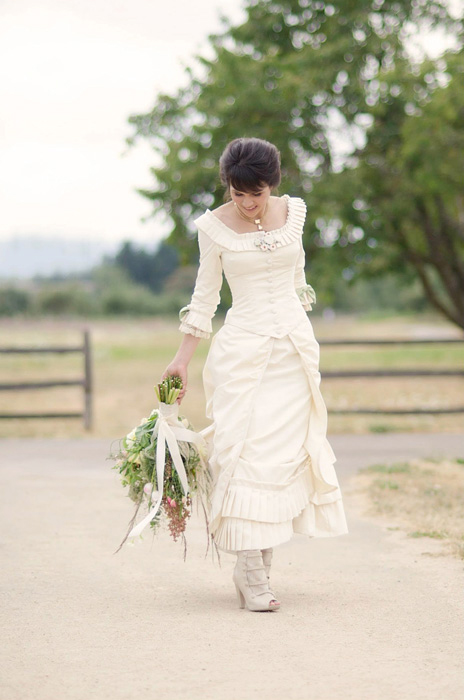 bride at fort vancouver