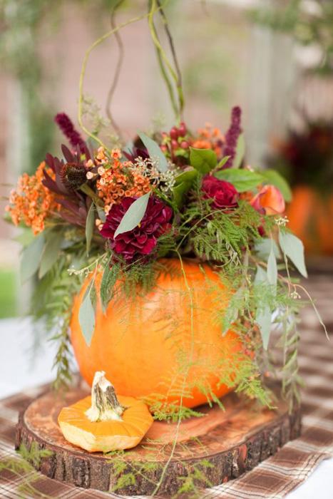 pumpkin flower centerpiece