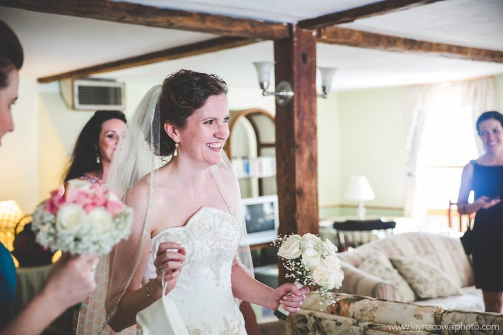 friendly-crossways-ma-intimate-wedding-venue-3