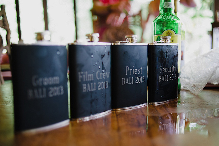 custom flasks for groomsmen