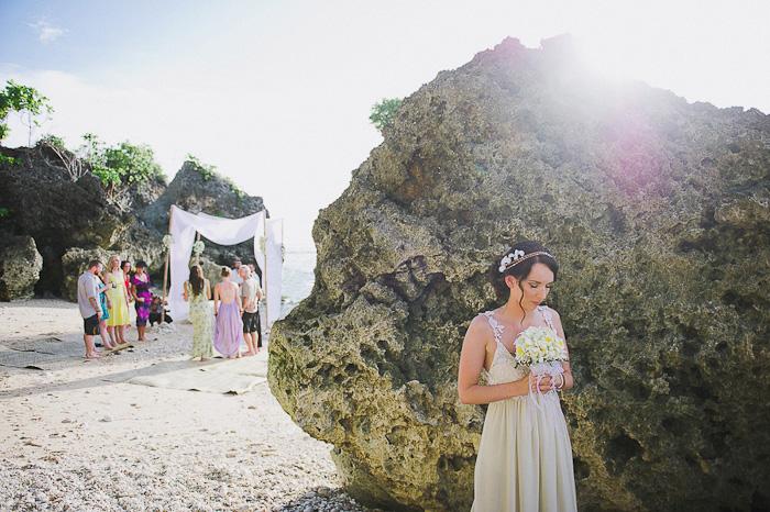 bride hiding before the wedding ceremony