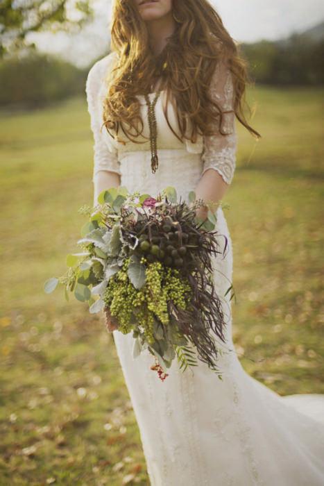 Ren là sự lựa chọn yêu thích của nhiều cô dâu khi chọn trang phục cưới.