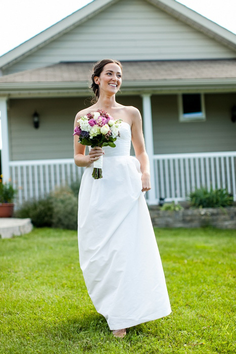 bride portrait outside home