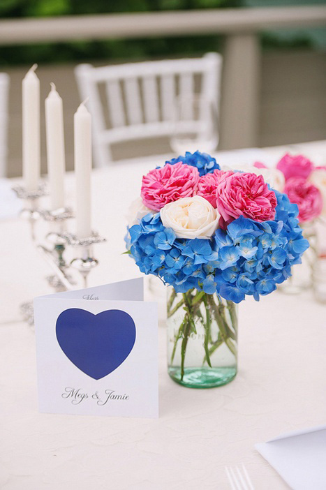 pink, white and blue wedding centerpiece