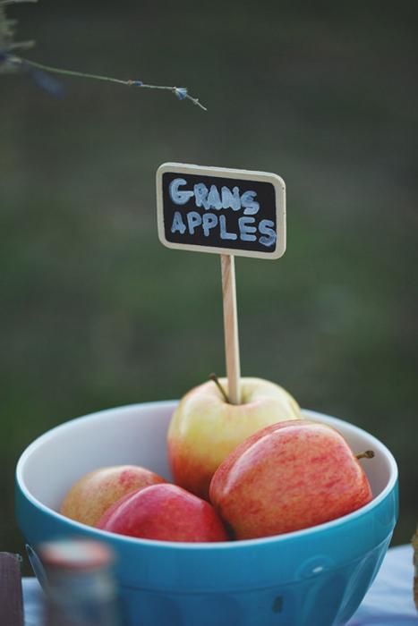 apple centerpiece