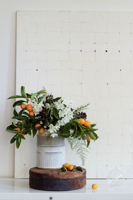 rustic centerpiece with oranges