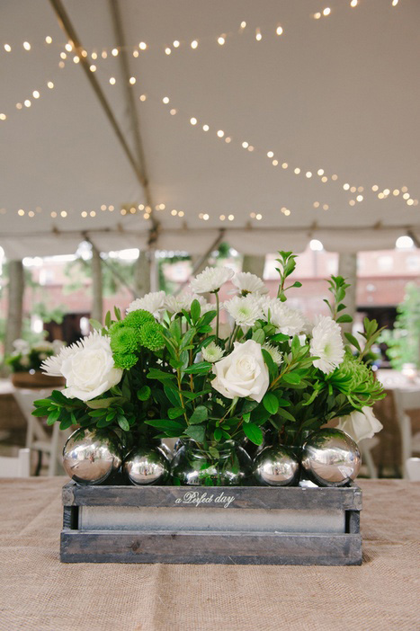 green and white wedding centerpiece