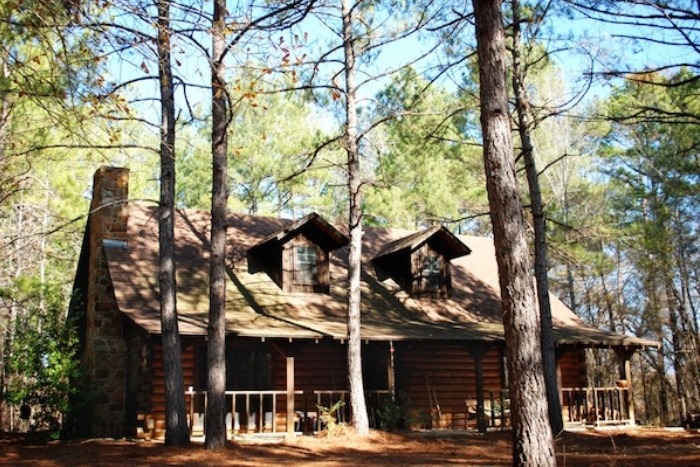 Intimate Weddings at Retreat in the Pines - Main House