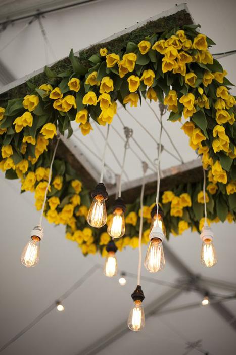 tulip-chandelier